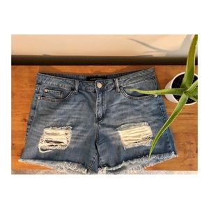 Distressed Jean shorts, size 30